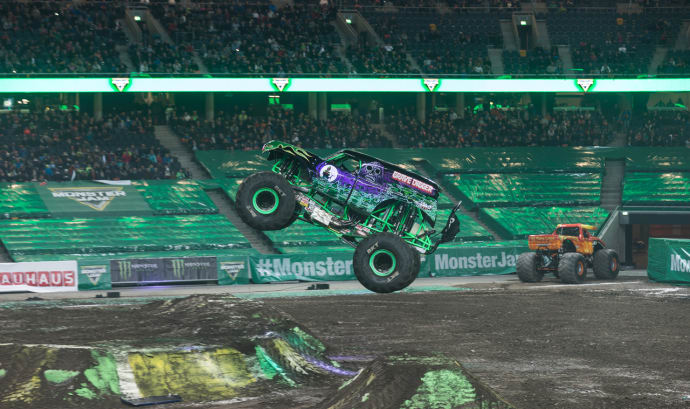 Line-up Monster Jam Friends Arena
